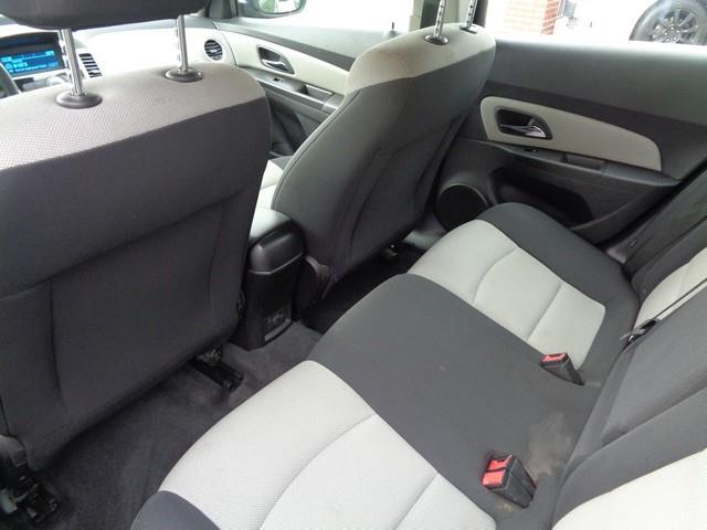 2013 Chevrolet Cruze LS Auto 4dr Sedan w/1SB - Redford MI