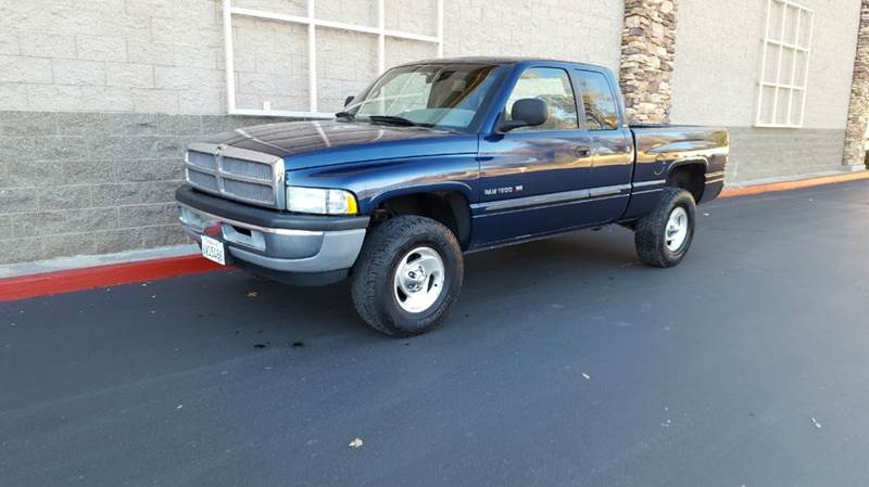 2001 Dodge Ram Pickup 1500 for sale at SafeMaxx Auto Sales in Placerville CA