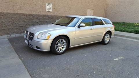 2006 Dodge Magnum for sale at SafeMaxx Auto Sales in Placerville CA