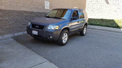 2005 Ford Escape for sale at SafeMaxx Auto Sales in Placerville CA