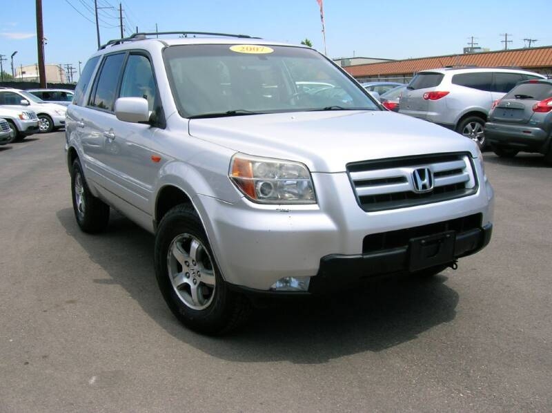 2007 Honda Pilot for sale at Avalanche Auto Sales in Denver CO