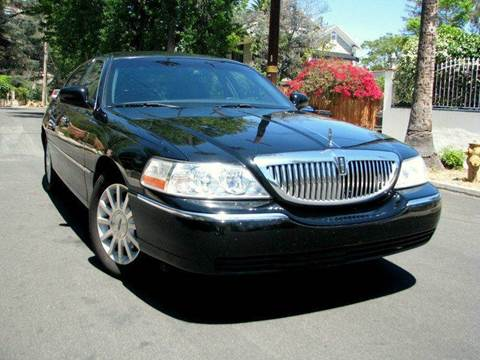 2007 Lincoln Town Car for sale at Used Cars Los Angeles in Los Angeles CA