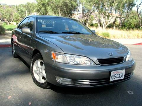 1999 Lexus ES 300 for sale at Used Cars Los Angeles in Los Angeles CA