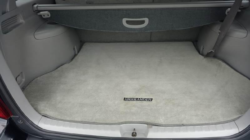 2005 Toyota Highlander Limited 4dr SUV w/3rd Row - Hickory NC