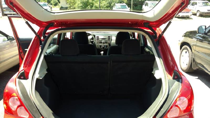 2012 Nissan Versa 1.8 S 4dr Hatchback 4A - Hickory NC