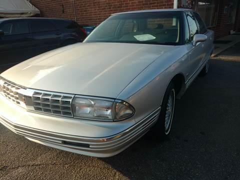 1992 Oldsmobile Ninety-Eight for sale in Hickory, NC