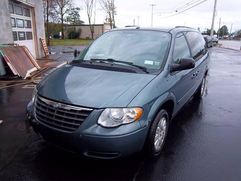 2006 Chrysler Town and Country for sale at Brian's Sales and Service in Rochester NY