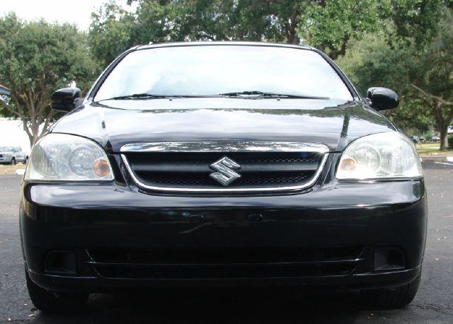 2007 Suzuki Forenza Base 4dr Sedan w/Convenience Package (2L I4 4A) - Clearwater FL