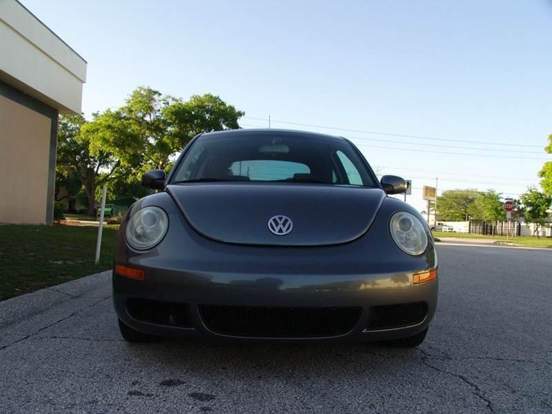 2007 Volkswagen New Beetle 2.5 2dr Hatchback (2.5L I5 5M) - Clearwater FL