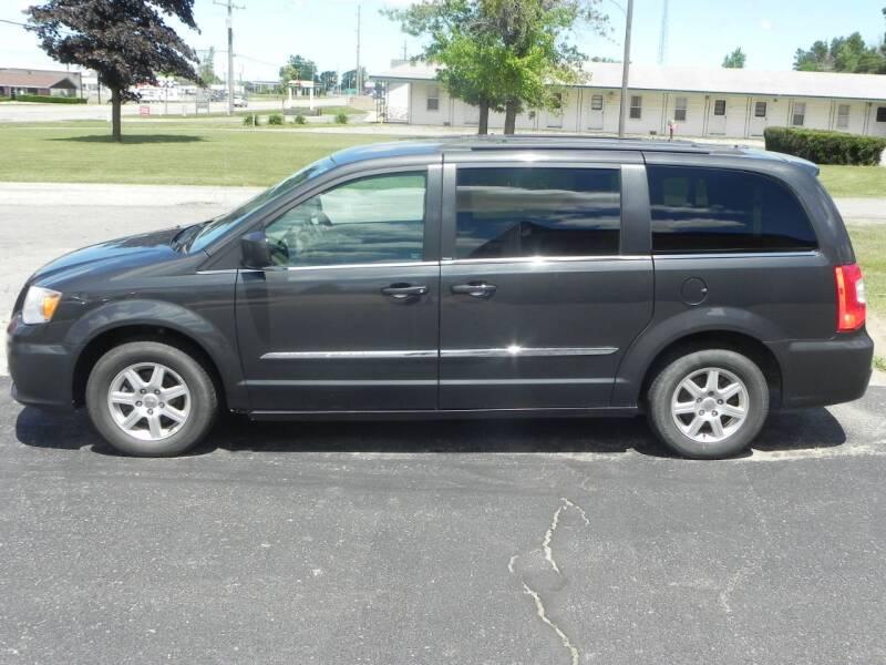 2012 Chrysler Town and Country Touring 4dr Mini-Van - Bad Axe MI