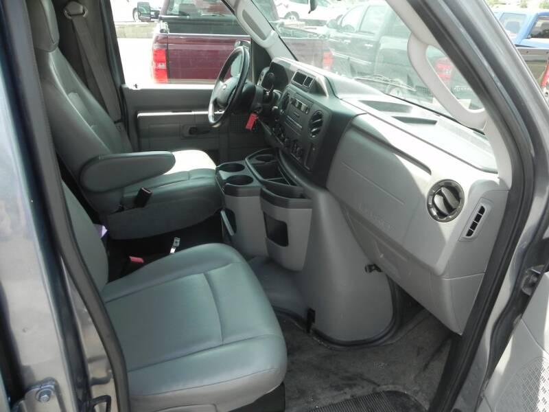 2013 Ford E-Series Cargo E-250 3dr Extended Cargo Van - Bad Axe MI