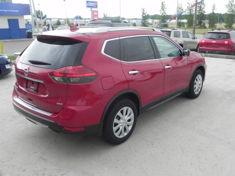 2017 Nissan Rogue AWD S 4dr Crossover - Bad Axe MI