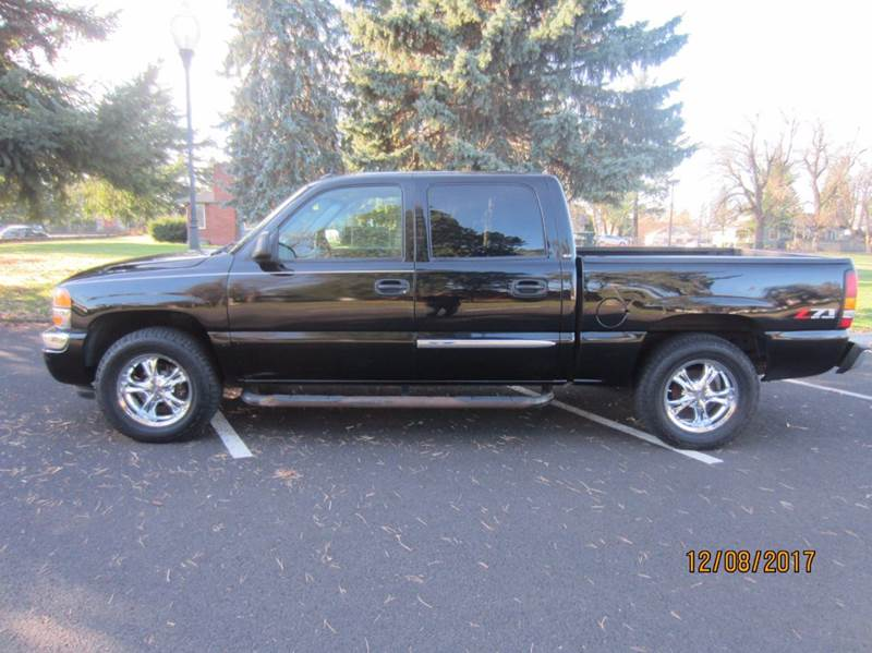2005 GMC Sierra 1500 for sale at TONY'S AUTO WORLD in Portland OR