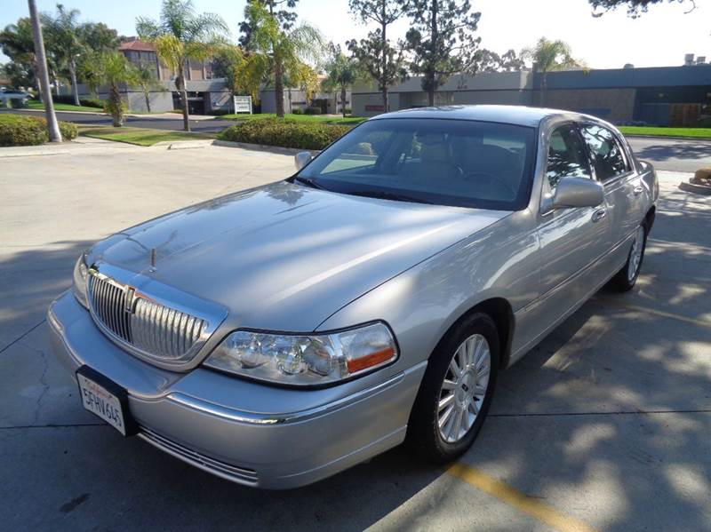 2004 Lincoln Town Car Signature 4dr Sedan In San Diego Ca Proud Motors