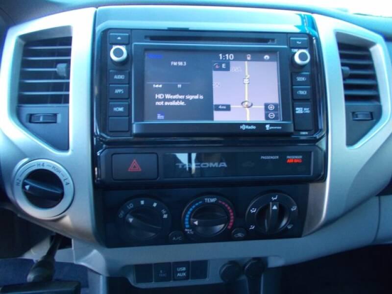 2015 Toyota Tacoma  - Pratt KS