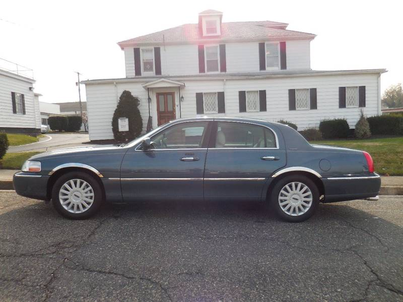 2005 Lincoln Town Car Signature In Baltimore Md Sann S Auto Truck