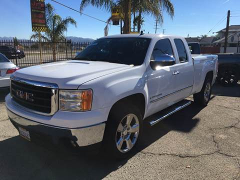 2008 GMC Sierra 1500 for sale at JR'S AUTO SALES in Pacoima CA