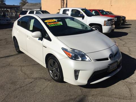 2013 Toyota Prius for sale at JR'S AUTO SALES in Pacoima CA