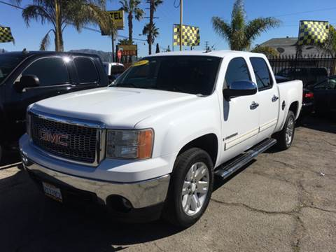 2007 GMC Sierra 1500 for sale at JR'S AUTO SALES in Pacoima CA