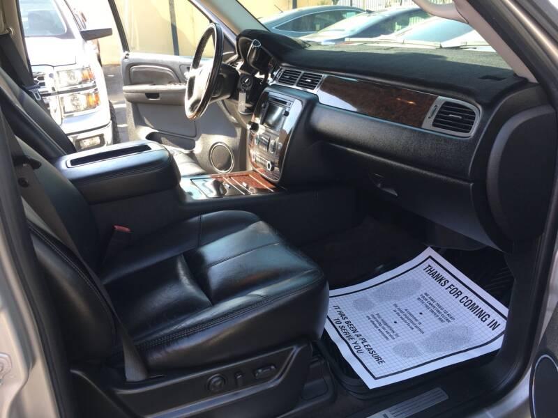 2008 GMC Yukon AWD Denali 4dr SUV - Pacoima CA