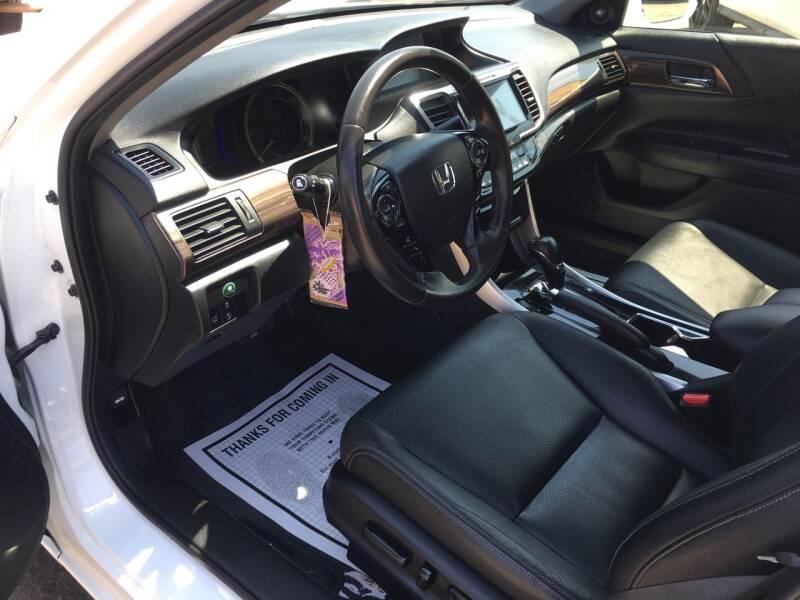 2017 Honda Accord Hybrid EX-L 4dr Sedan - Pacoima CA