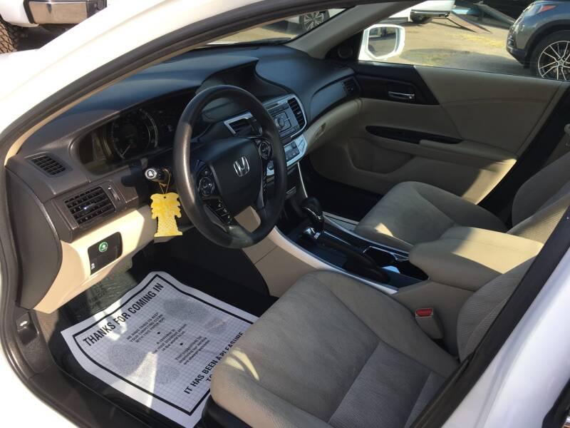 2015 Honda Accord Hybrid 4dr Sedan - Pacoima CA