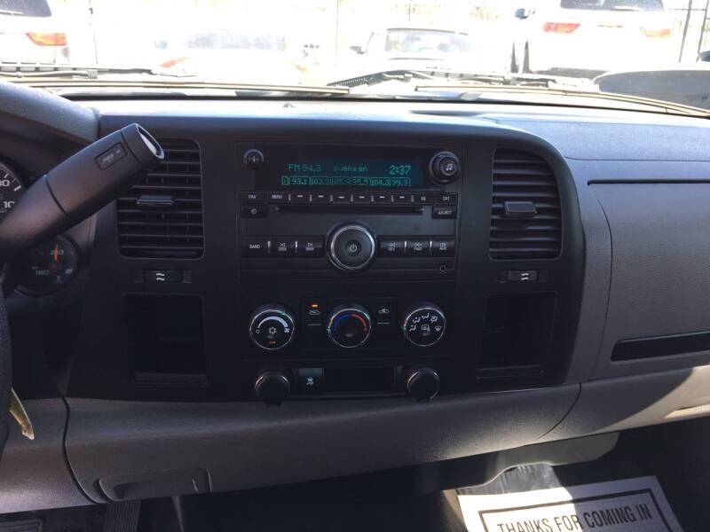 2011 Chevrolet Silverado 1500 4x2 Work Truck 2dr Regular Cab 6.5 ft. SB - Pacoima CA