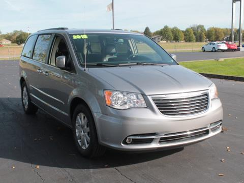 2015 Chrysler Town and Country for sale in Plainwell MI