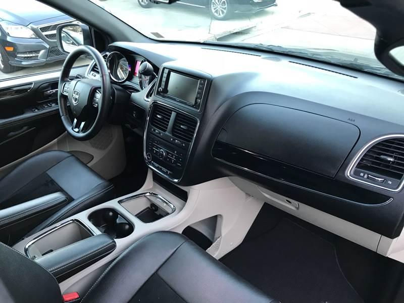 2017 Dodge Grand Caravan Sxt 4dr Mini Van In Upland Ca Certified