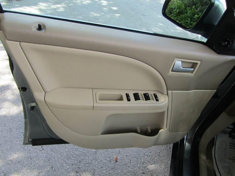 2006 Mercury Montego Luxury 4dr Sedan - Hernando FL
