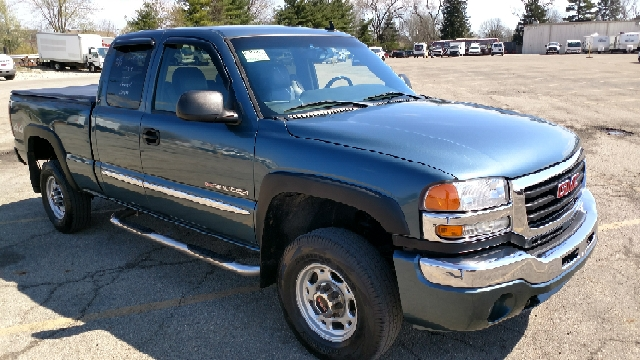 2006 GMC Sierra 2500HD SLT 4dr Extended Cab 4WD SB - Ashley OH