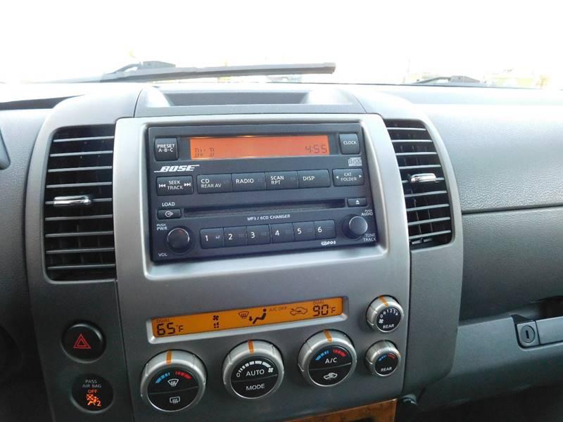 nissan pathfinder le 2005 radio