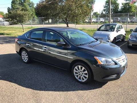 2013 Nissan Sentra for sale at GLOBAL AUTO USA in Saint Paul MN