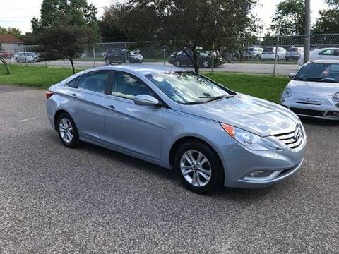 2013 Hyundai Sonata for sale at GLOBAL AUTO USA in Saint Paul MN