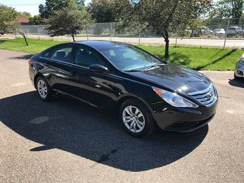 2012 Hyundai Sonata for sale at GLOBAL AUTO USA in Saint Paul MN