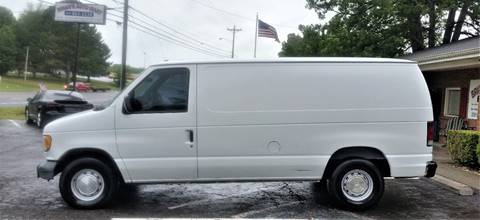 2000 Ford E-150 for sale in Greenbrier, TN