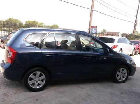 2007 Kia Rondo for sale at N & A Metro Motors in Dallas TX