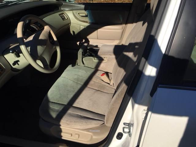 2001 Toyota Avalon XL 4dr Sedan w/Bucket Seats - West Newfield ME