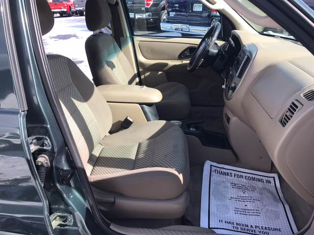2003 Ford Escape XLT Popular 4dr SUV - West Newfield ME