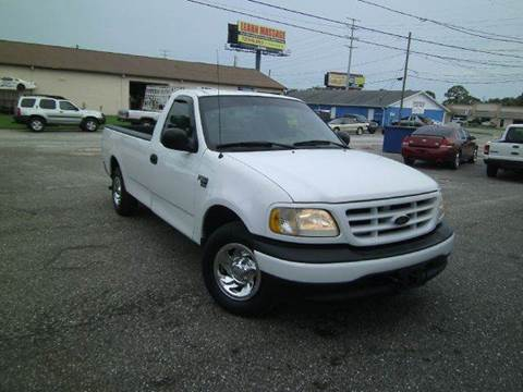 2003 Ford F-150 for sale at VICTORY LANE AUTO SALES in Port Richey FL