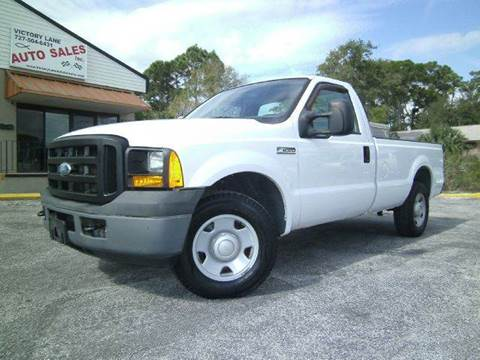 2006 Ford F-250 Super Duty for sale at VICTORY LANE AUTO SALES in Port Richey FL