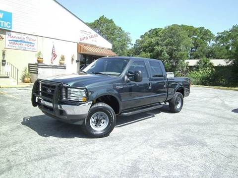 2004 Ford F-250 Super Duty for sale at VICTORY LANE AUTO SALES in Port Richey FL
