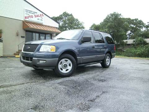 2005 Ford Expedition for sale at VICTORY LANE AUTO SALES in Port Richey FL