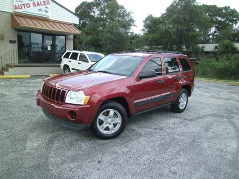 2006 Jeep Grand Cherokee for sale at VICTORY LANE AUTO SALES in Port Richey FL