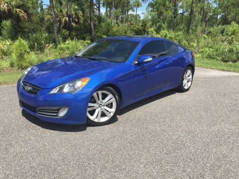2010 Hyundai Genesis Coupe for sale at VICTORY LANE AUTO SALES in Port Richey FL
