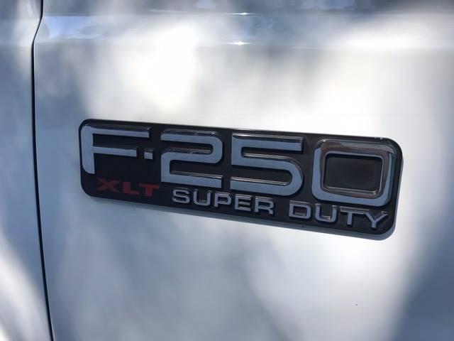 2001 Ford F-250 Super Duty 4dr Crew Cab XLT 2WD SB - Fair Oaks CA