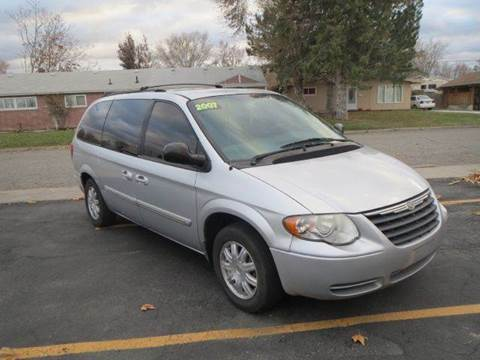2007 Chrysler Town and Country for sale at Pioneer Motors in Twin Falls ID