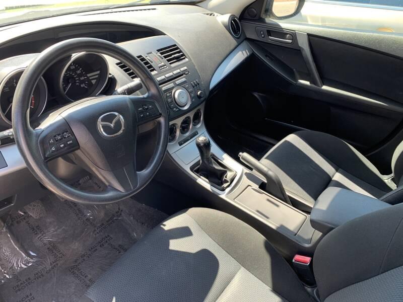 2011 Mazda MAZDA3 i Touring 4dr Sedan 5M - Orem UT