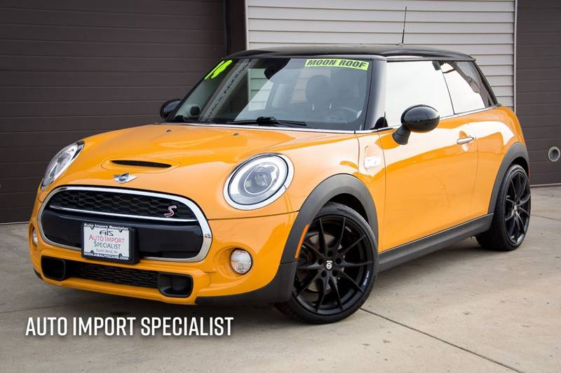 2014 MINI Hardtop for sale at Auto Import Specialist LLC in South Bend IN