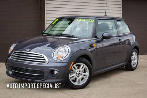 2012 MINI Cooper Hardtop for sale at Auto Import Specialist LLC in South Bend IN